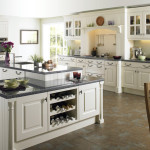 Advantages and Disadvantages of White Kitchen Cabinets
